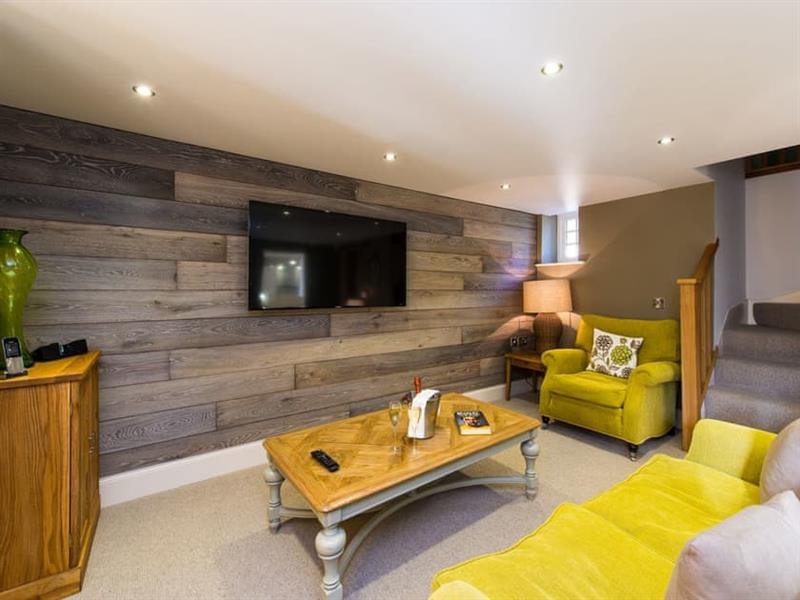 Gardeners in Whitby - sleeps 4 people