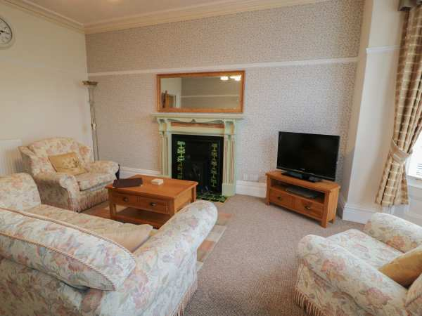 Garth House Apartment 2 in Llandudno - sleeps 2 people