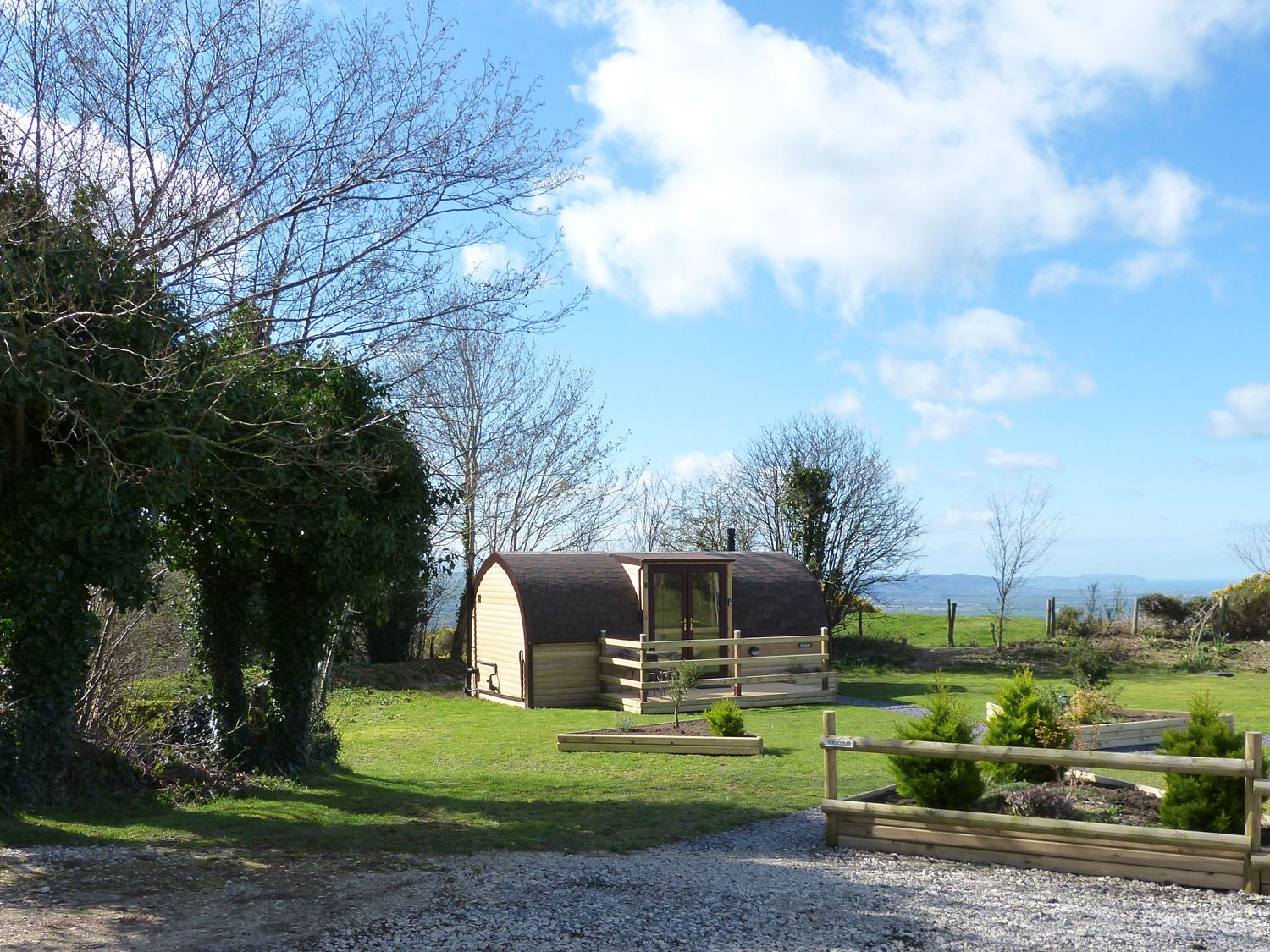 Gelert Pod in St Asaph - sleeps 2 people
