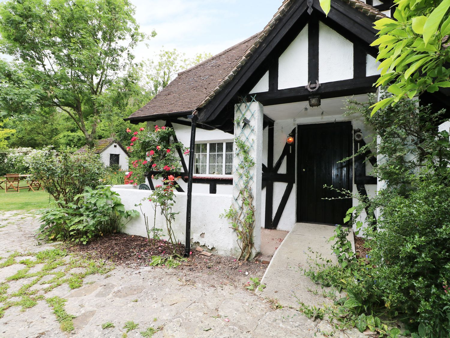Gibbys Cottage in Jevington near Eastbourne - sleeps 7 people
