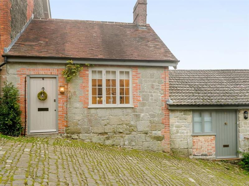 Gold Hill Cottage in Shaftesbury - sleeps 2 people