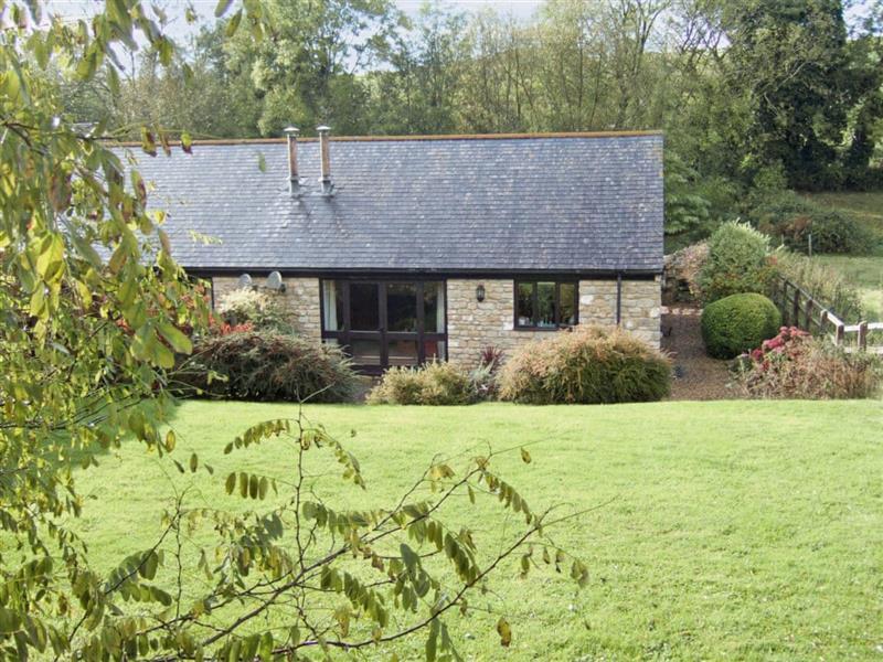 Grange Farm Cottages - Woodpecker Cottage in Oborne, nr. Sherborne, Dorset. - sleeps 4 people
