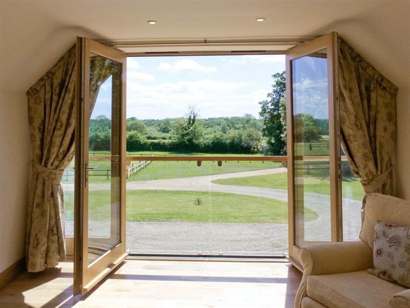 Green Acre Lodge in Tatterford, nr. Fakenham - sleeps 4 people