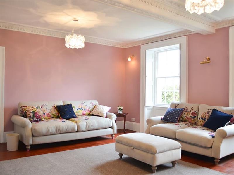 Greenwood House in Wigton - sleeps 13 people