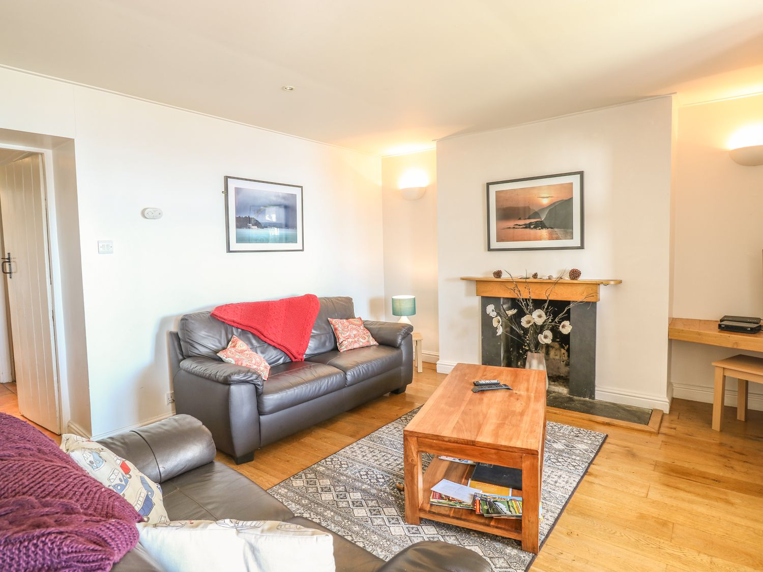 Grenville in Whitsand Bay - sleeps 6 people