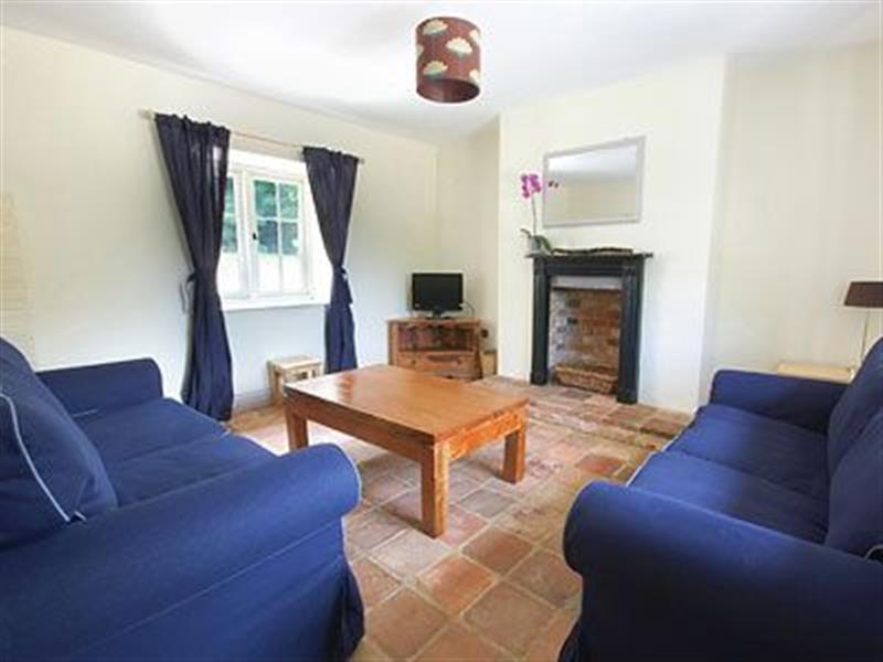 Grooms Cottage in Ingoldisthorpe, Kings Lynn, Norfolk. - sleeps 5 people