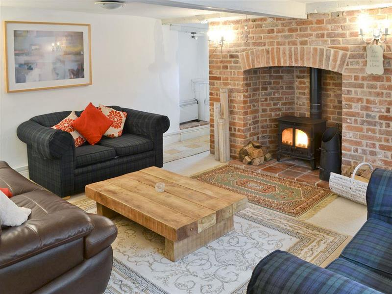 Gull Cottage in Morston, nr. Wells-next-the-Sea - sleeps 7 people