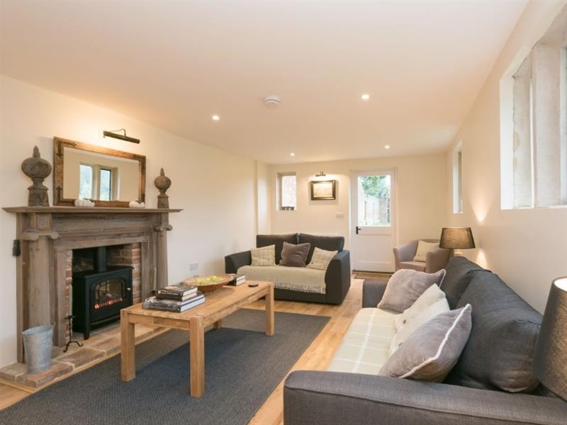 Hall Cottage in Oxnead, nr. Aylsham - sleeps 6 people