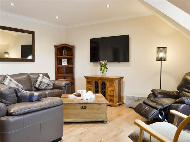 Harbour Street Penthouse in Irvine, near Ayr, Ayrshire - sleeps 8 people