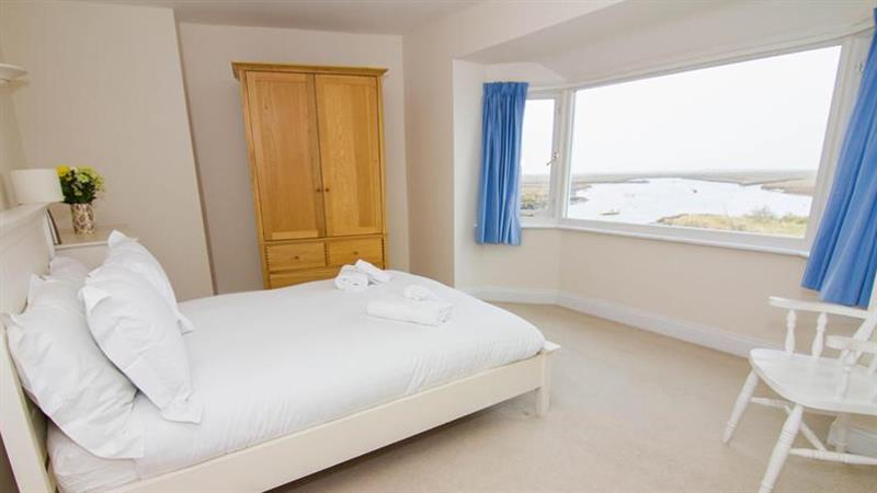 Haven End in Burnham Overy Staithe near Kings Lynn - sleeps 7 people