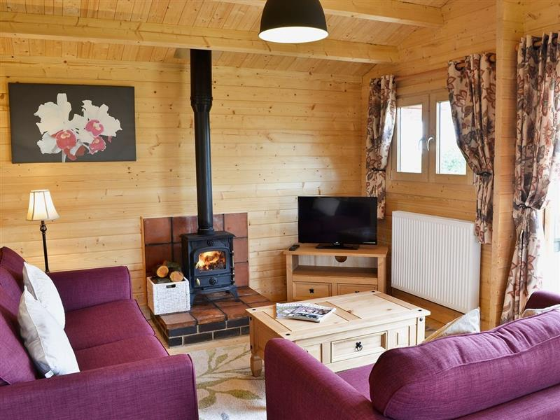 Hawthorn Lodge in Stoulton, nr. Malvern - sleeps 4 people