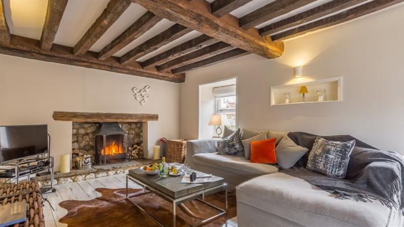 Hemingford Cottage in Brancaster near Kings Lynn - sleeps 6 people