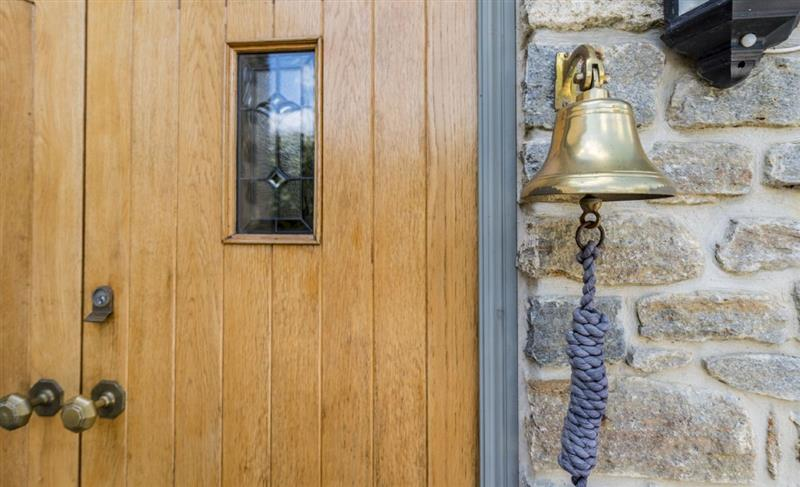 Hideaway Cottage in Beaminster - sleeps 8 people
