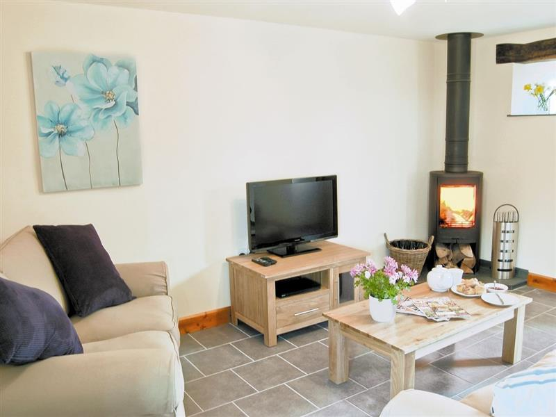 Higher Worthyvale Farm - The Cow Shed in Boscastle, nr. Camelford - sleeps 4 people