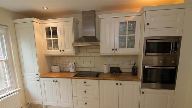 Holly Cottage in Wells-next-the-Sea - sleeps 4 people