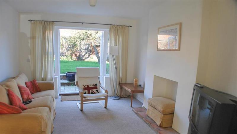 Holly House in Wells-next-the-Sea - sleeps 8 people