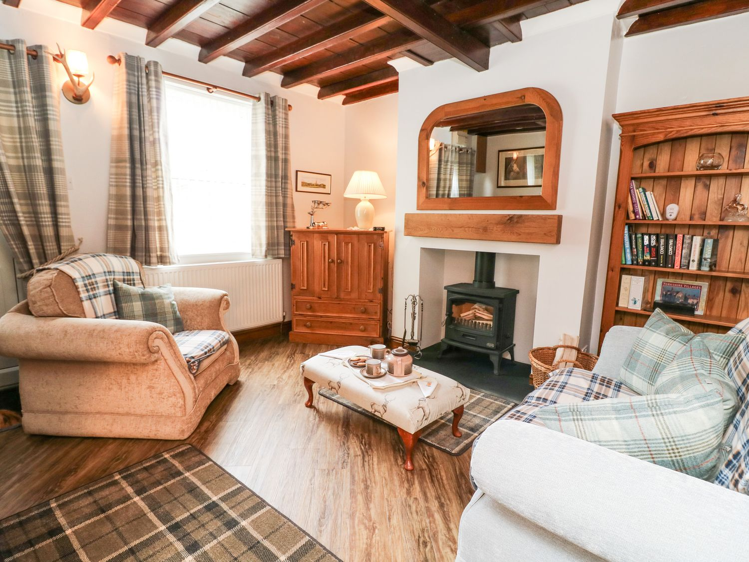 Horseshoe Cottage in South Cave - sleeps 3 people