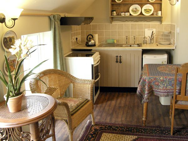 Idlers Cottage in South Petherton - sleeps 2 people