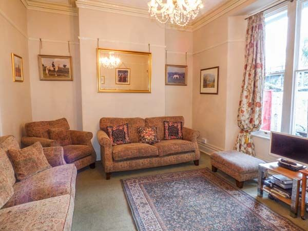 Isfryn in Caernarfon - sleeps 21 people
