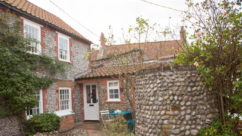 Jane's Cottage in Blakeney near Holt - sleeps 4 people