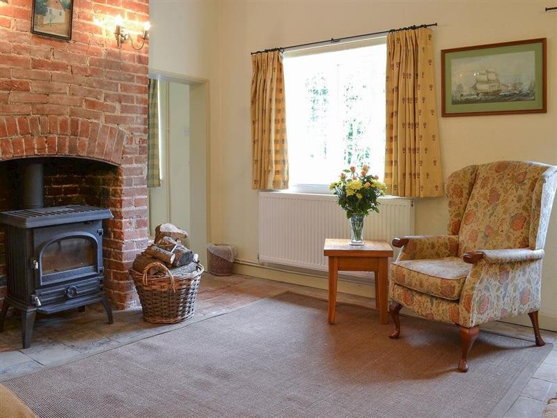 Keepers Cottage in East Beckham, near Sheringham - sleeps 6 people