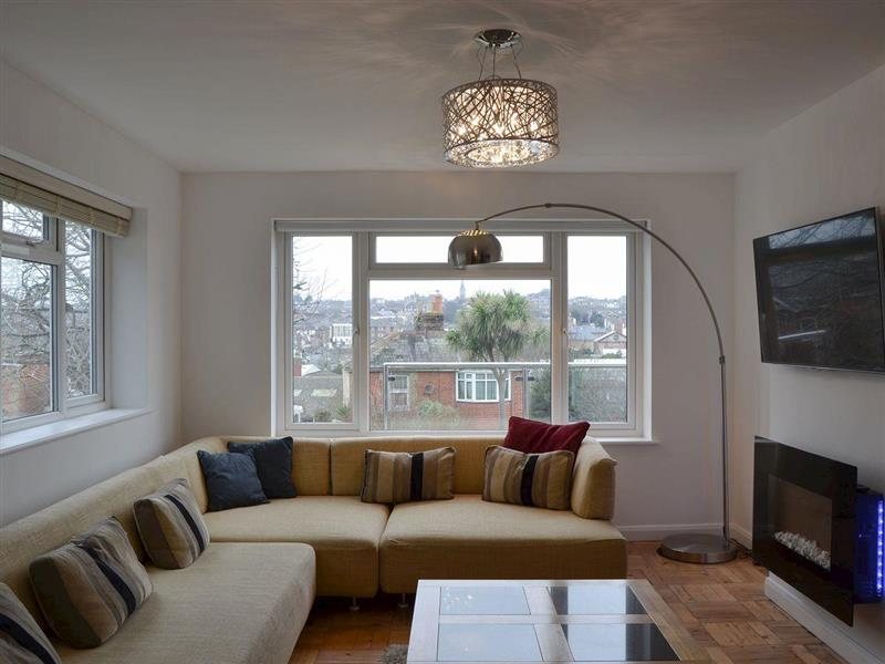 Kia Rosa in Ryde - sleeps 8 people