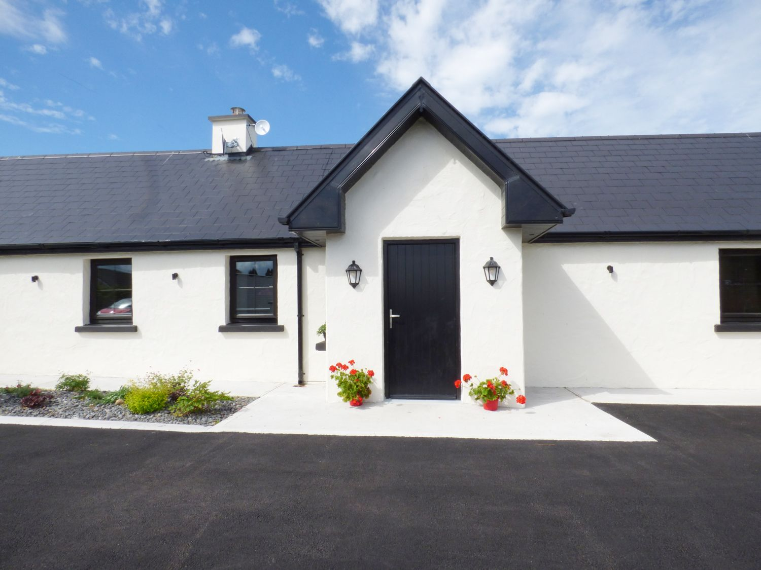 Laharn Cottage in Killorglin - sleeps 4 people