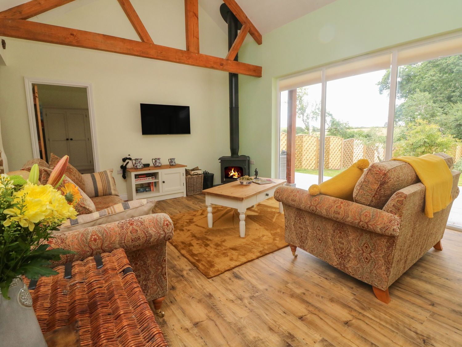 Langdale Barn in Sampford Courtenay - sleeps 4 people