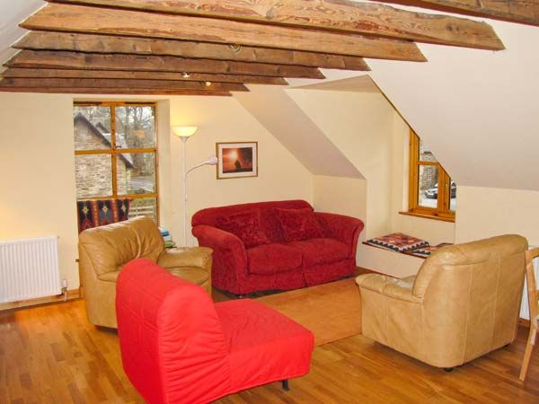 Larch Cottage in Weem - sleeps 2 people