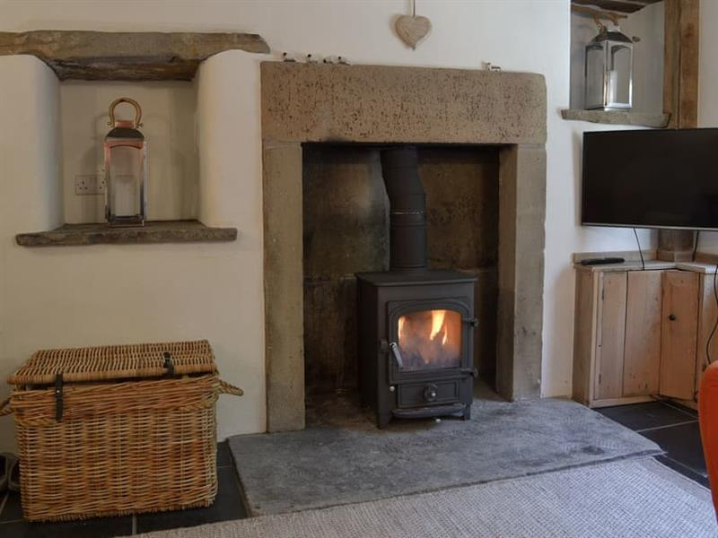 Laurel Cottage in Youlgreave, near Bakewell - sleeps 3 people