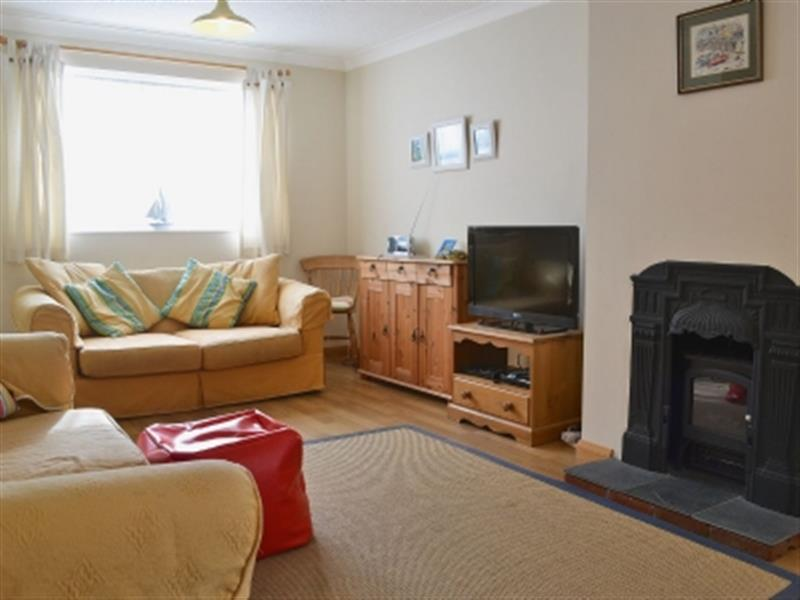 Leeward Cottage in Wells-next-the-Sea, Norfolk - sleeps 6 people
