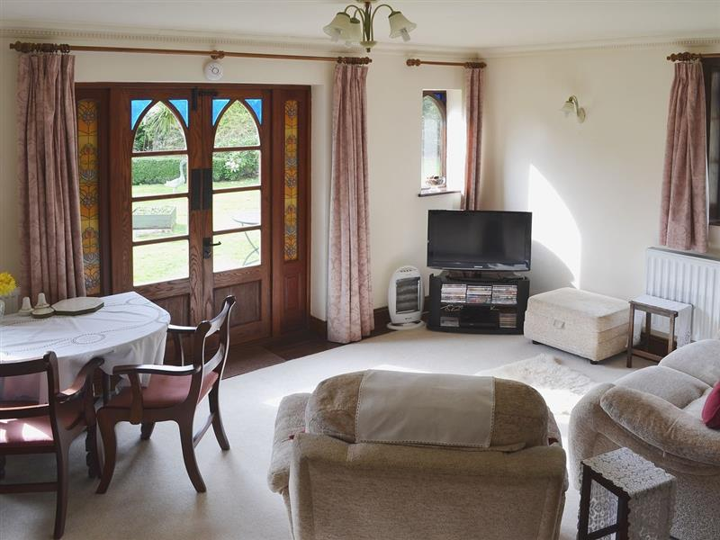 Little Heathfield in Bransgore, Nr Christchurch. - sleeps 2 people