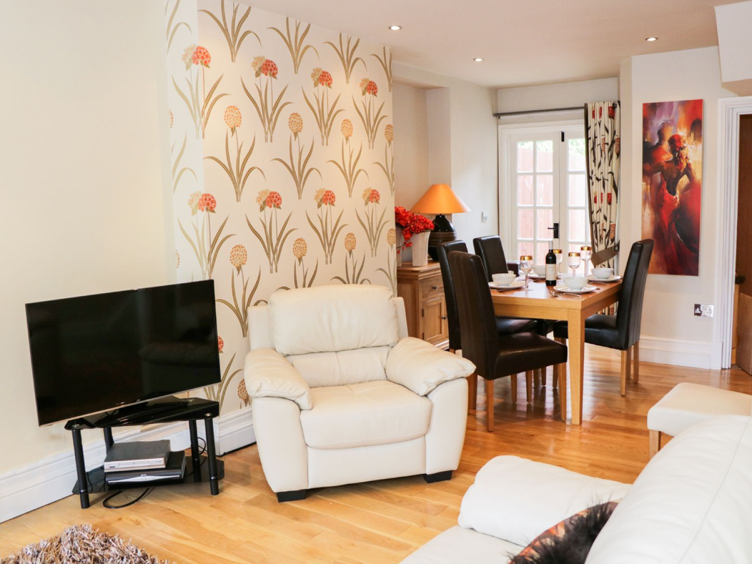 Little Langdale House in Bowness & Windermere - sleeps 5 people