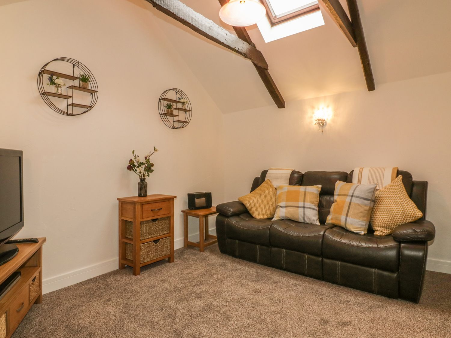 Little Prickle in Quintrell Downs - sleeps 2 people