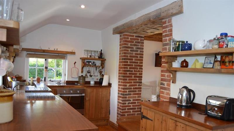 Little Wells in Burnham Overy Staithe near Fakenham - sleeps 6 people