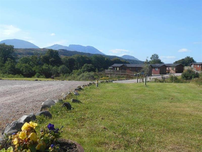 Lochaber - Harris in Muirshearlich, near Fort William - sleeps 6 people