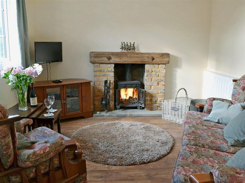 Lookers Cottage in Downash, near Hailsham - sleeps 5 people