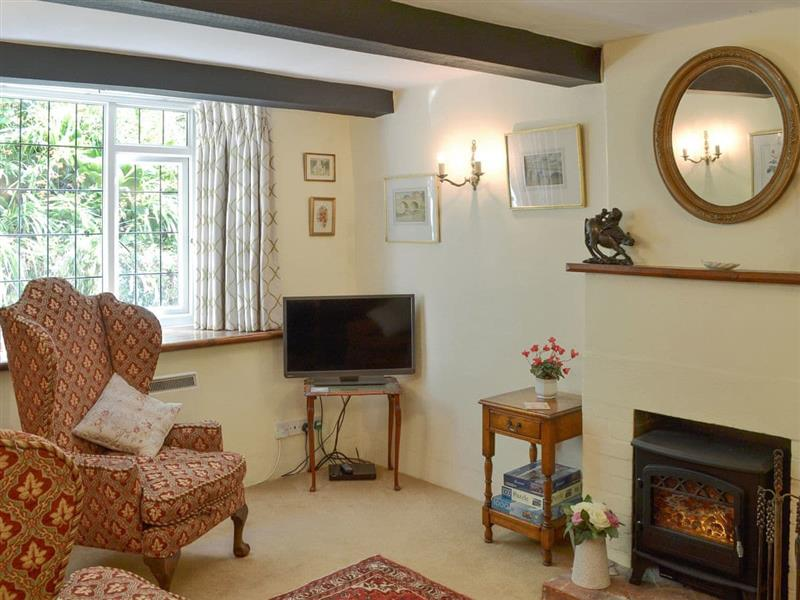 Lownard Cottage in Week, near Dartington - sleeps 4 people