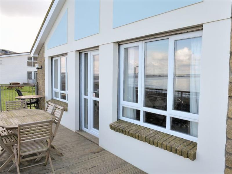 Lundy Bungalow in Westward Ho!, North Devon - sleeps 6 people