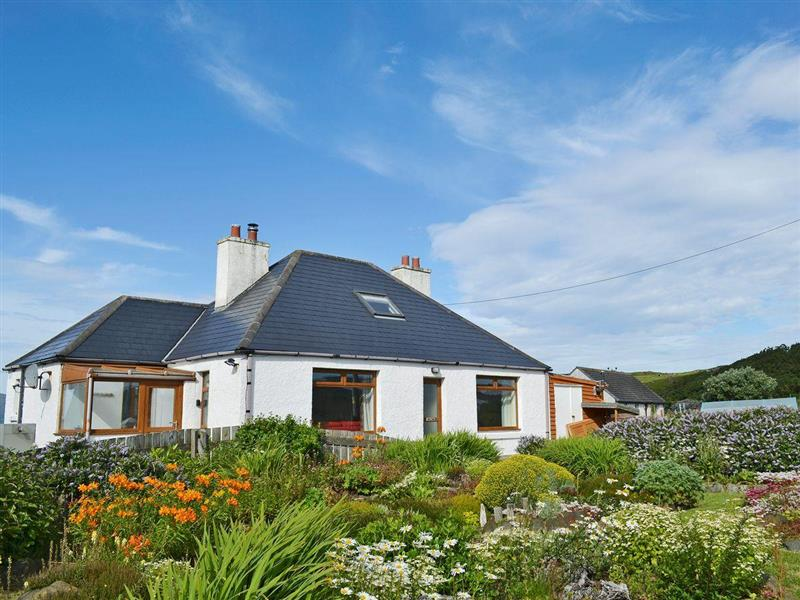 Mairis Cottage in Ose, near Struan - sleeps 6 people