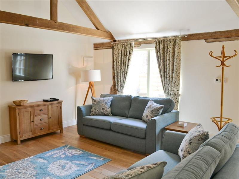 Manor Farm Barns - Squirrels Drey in Witton, nr. Happisburgh - sleeps 5 people