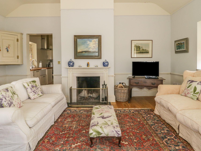 Maple Cottage in Buckland Newton near Dorchester - sleeps 4 people