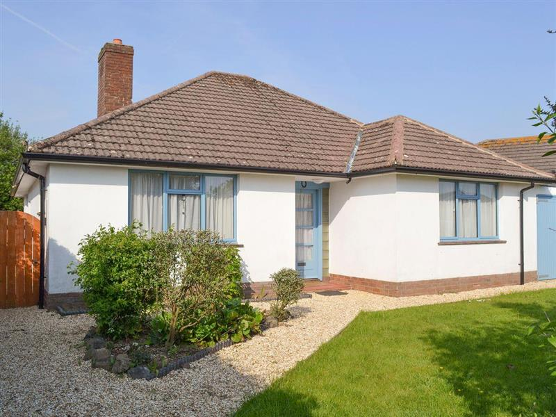 Marples in Barton-on-Sea - sleeps 6 people