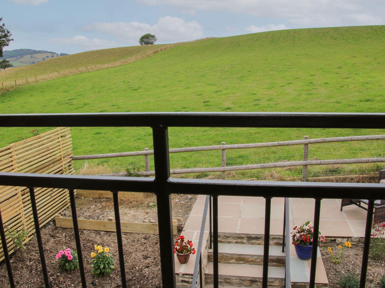 Meadow Barn in Aston On Clun - sleeps 2 people