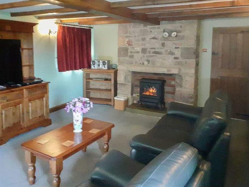 Meadowside Cottage in Calton Moor, Nr Ashbourne, Derbyshire. - sleeps 4 people