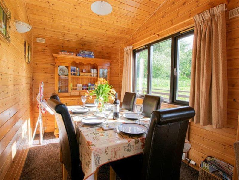 Meikle Westland - Glen Roe Lodge in New Cumnock, near Cumnock - sleeps 6 people