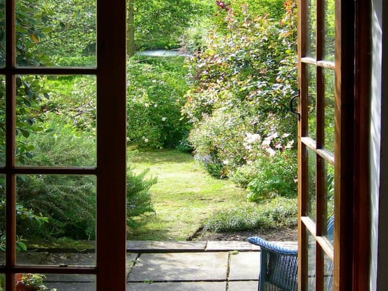 Middle Cottage in Letheringsett, near Holt - sleeps 3 people