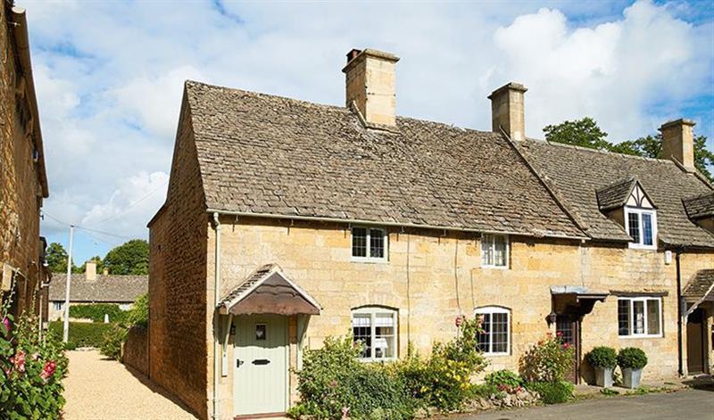 Midsummer Cottage in Stanton - sleeps 4 people