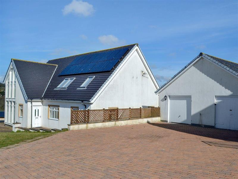 Military Drive - No 7 Military Drive in Portpatrick, near Stranraer, Dumfries and Galloway - sleeps 10 people