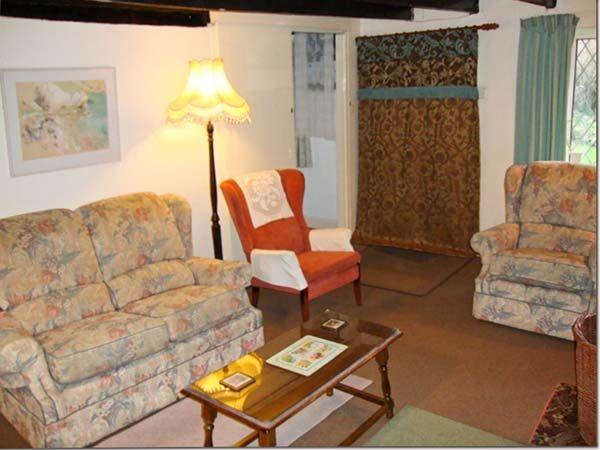 Mill Cottage in Tintagel - sleeps 4 people